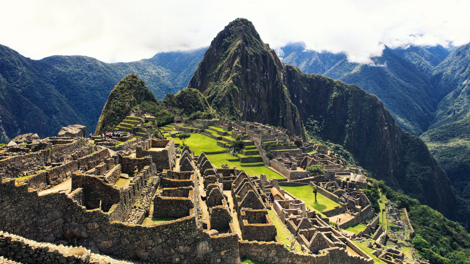 view of machu picchu in peru a peru family adventure 1600x900